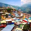 "Comuna 13 Medellín • <a style=""font-size:0.8em;"" href=""http://www.flickr.com/photos/63900911@N04/41240154011/"" target=""_blank"">View on Flickr</a>"