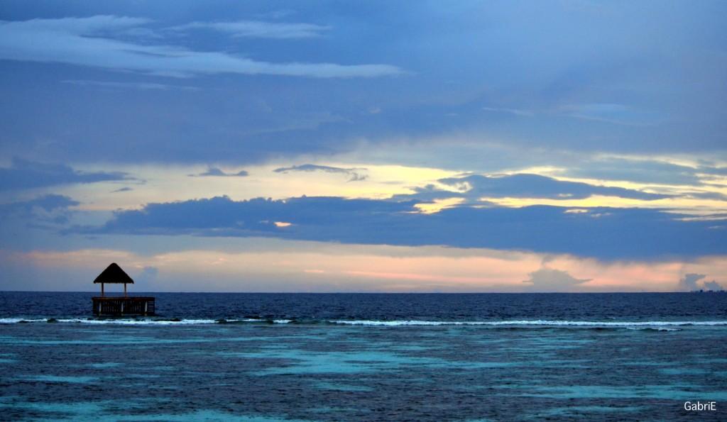 Atardecer en Maldivas desde nuestra Ocean Villa