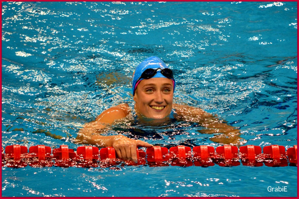 Mireia Belmonte tras ganar los 400 metros libres.