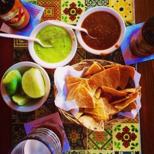 """Aperitivo en """"La Parrilla"""", Cancún (o el sustituto al pan y las aceitunas)"""