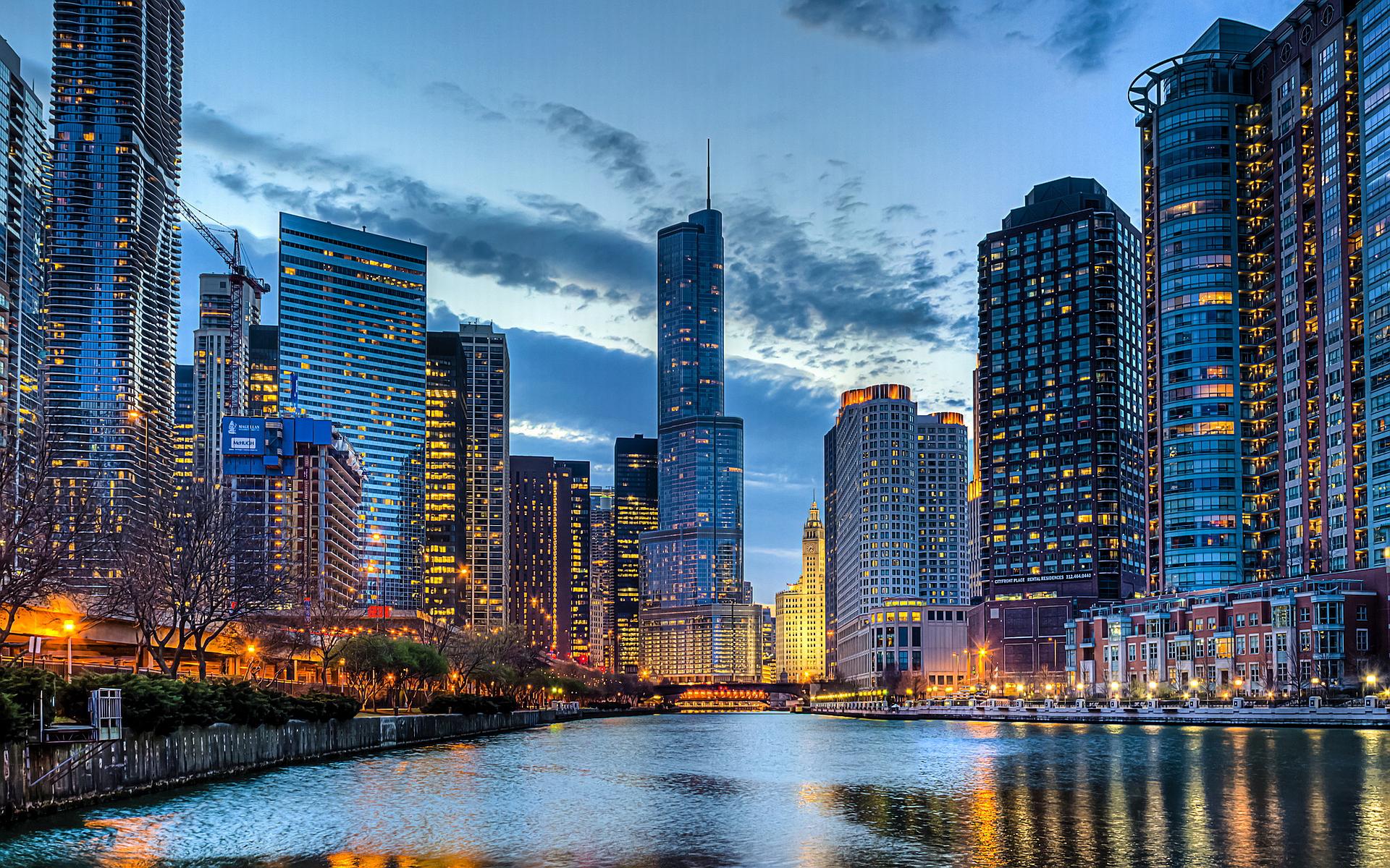 Panorámica de Chicago desde el crucero nocturno