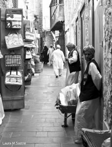 Carretilleros en Souq Waqif