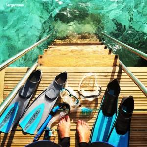 Equipados para una tanda de snorkel