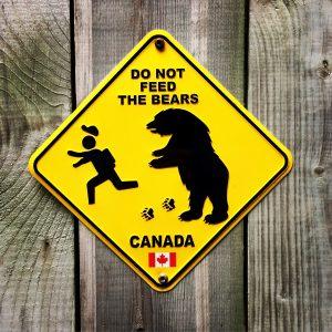 """""""No dar de comer a los osos"""", recomendación."""