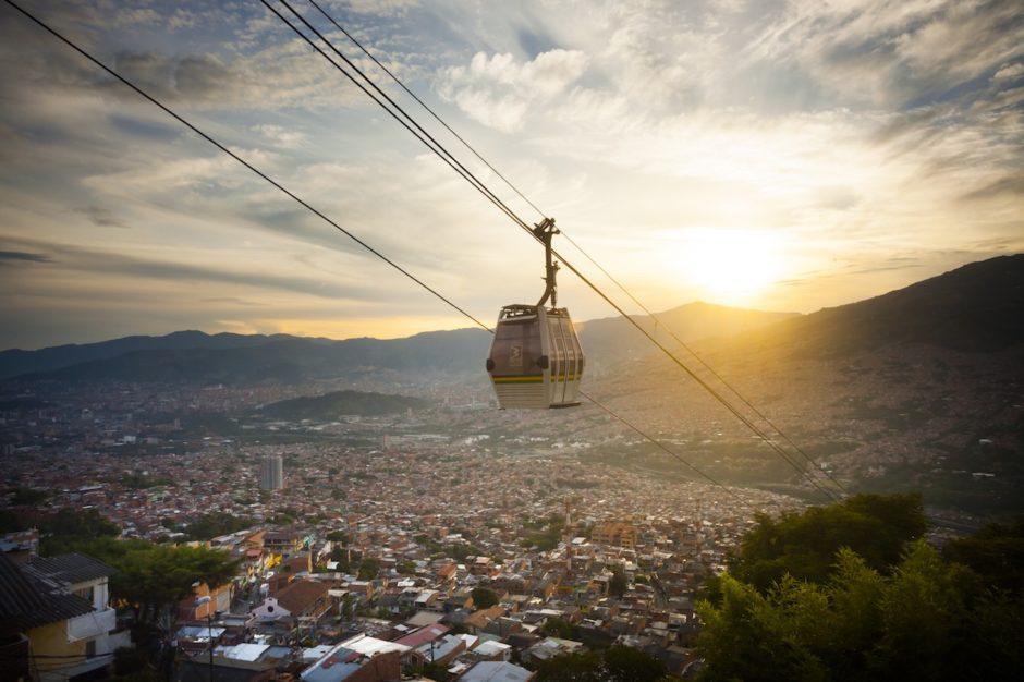 Metrocable de Medellín. Fuente: Book fotográfico de Medellín 2016 / Medellin Convention and Visitors Bureau