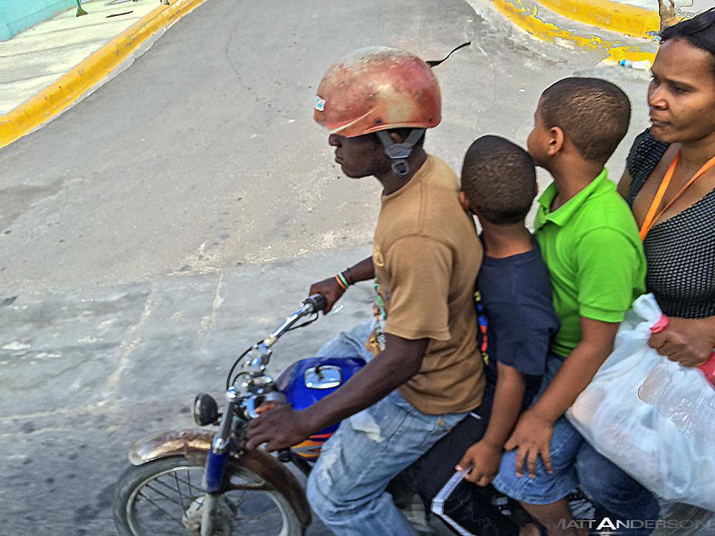 Imagen habitual en las carreteras dominicanas